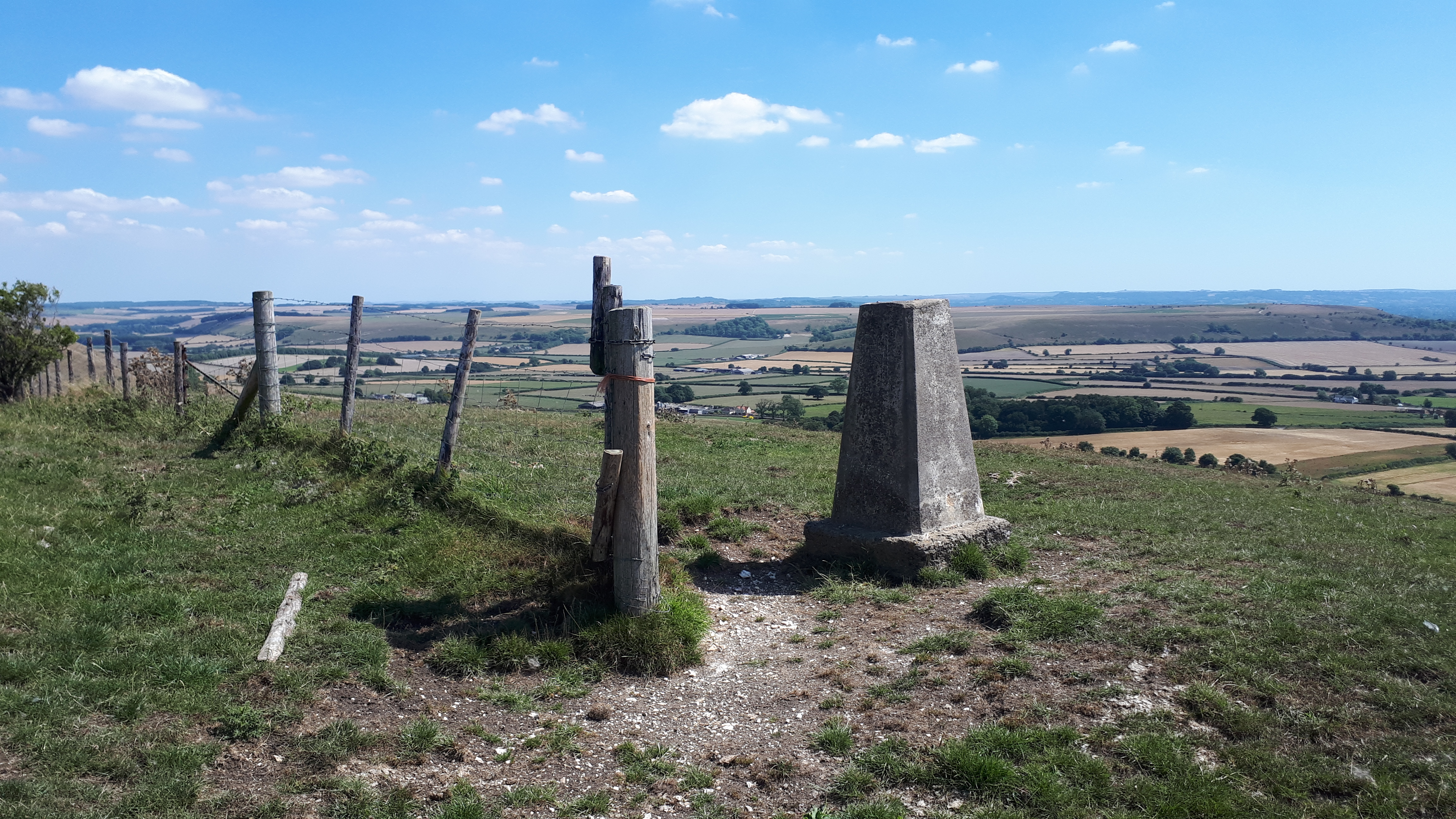 Long Knoll , Wiltshire
