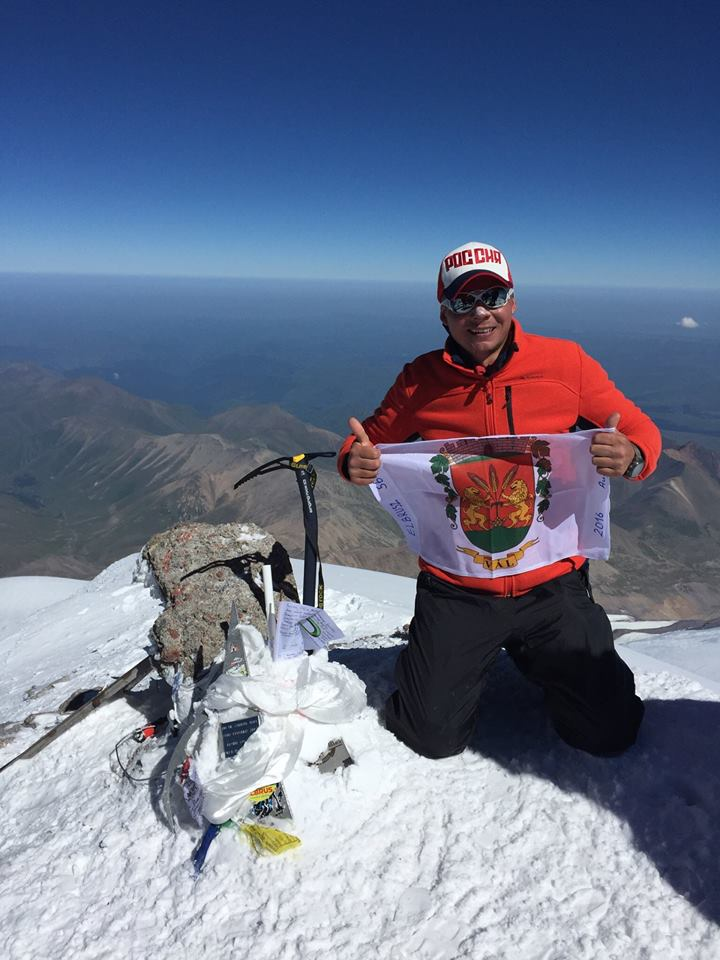 Sanya Tóth on Elbrus - August 2016