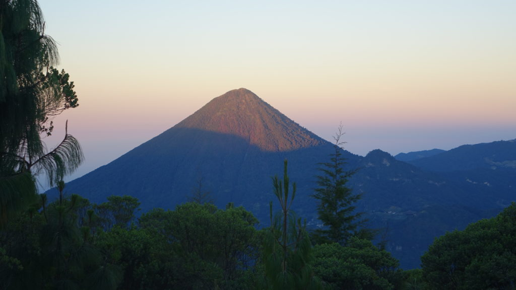 Volcán Santa Maria lit up by the sunrise