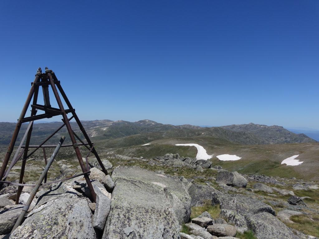 Mount Twy summitnam