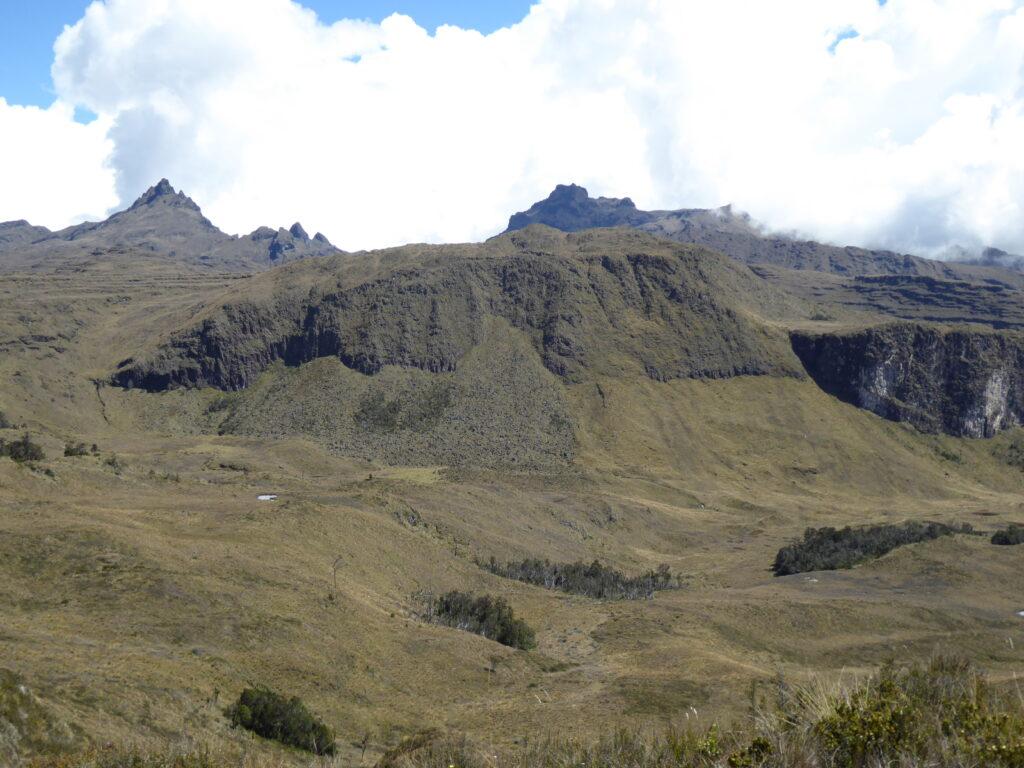 Mount Giluwe across the plateau