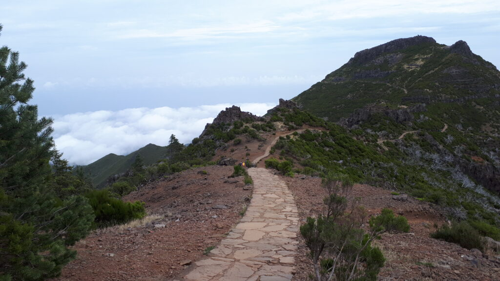 Final approach to the summit of Pico Ruivo